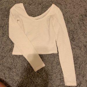 Basic white long sleeve crop top